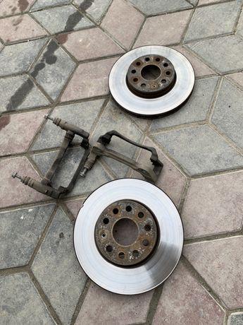 Тормозні диски передні Skoda Octavia a7