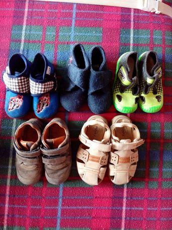 Взуття, кросівки, босоніжки, тапочки