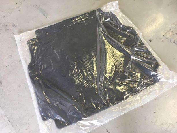 Mata dywanik welurowy do bagażnika CLA W177 sedan