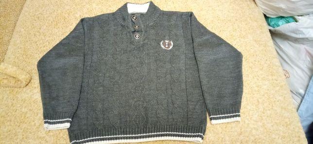 Тёплый свитер на мальчика, 8-10 лет