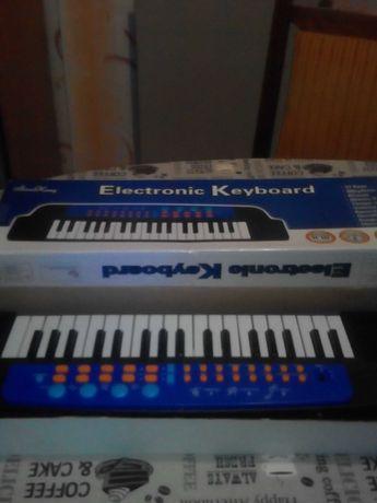 Детское пианино синтезатор