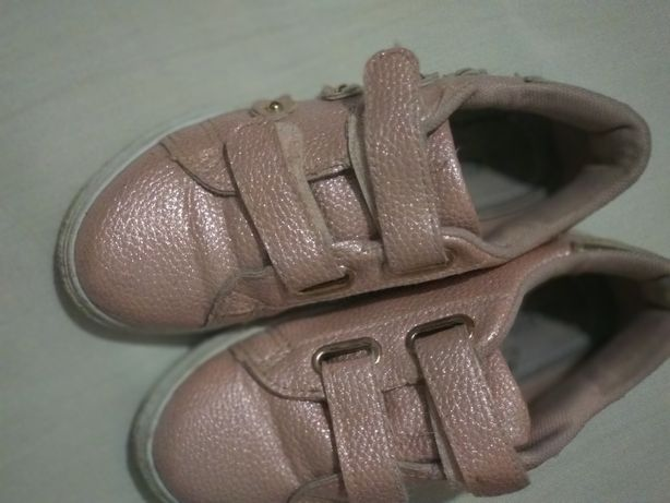 Спортивный костюм,обувка..для девочки