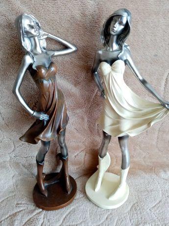 Figurki dekoracyjne 2 kobiety w kolorze brązowym i ekri.