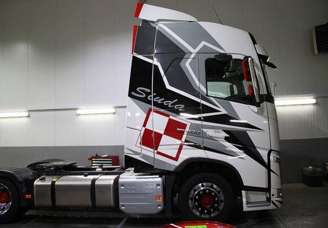 Наклейки на грузовик TIR
