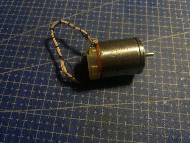 Синусно-косинусный трансформатор СКТ-225-2П
