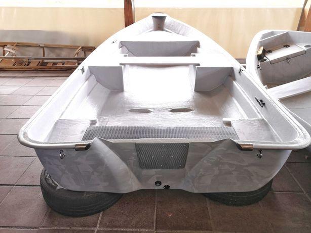 Łódź wędkarska, łódka Wodnik 2-380