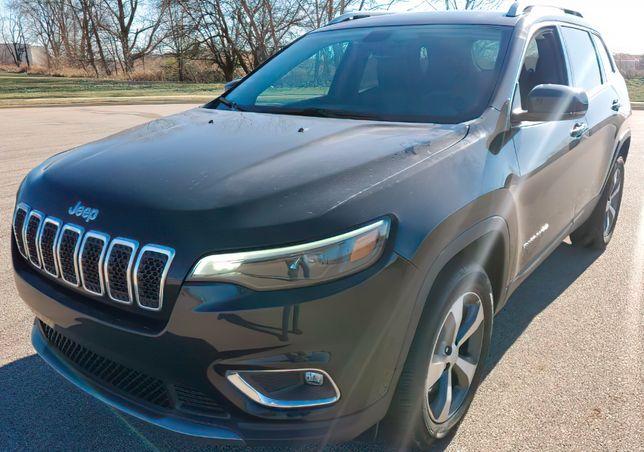 Продається авто Jeep Cherokee Latitude 2020