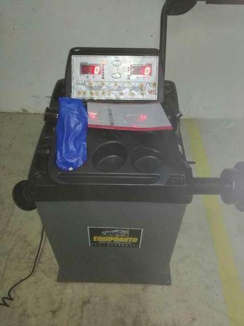 Maquina de calibrar pneus nova com garantia