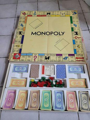 Monopólio e Cluedo