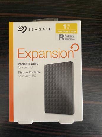 Dysk zewnętrzny Segate Expansion Portable pojemność 1 TB model SRD0NF1