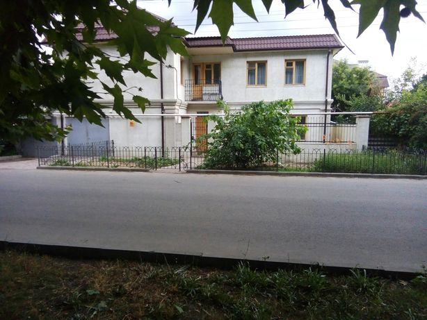 Сдам свой 2эт дом, 4 комнаты, Равенства/Анны Ахматовой, 12 Фонтана