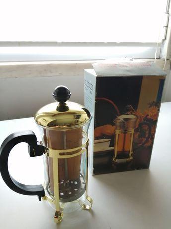 Cafeteira  nova para Chá e Café