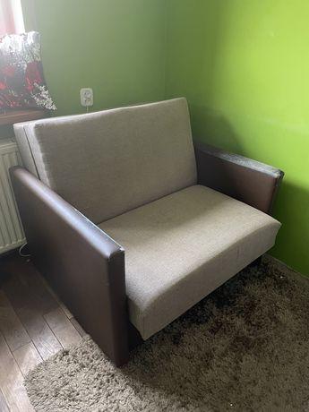 Jednoosobowa rozkładana kanapa