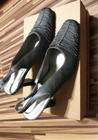 Buty damskie na obcasie rozmiar 37