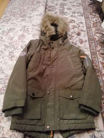 Продам куртку на хлопчика