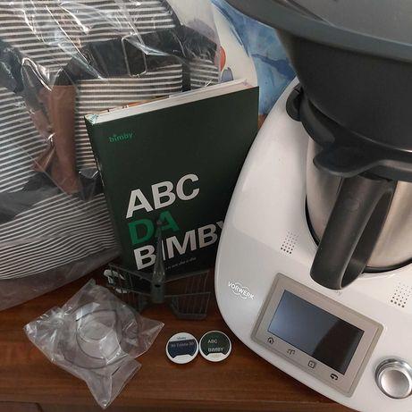 Bimby TM5 usada c/ Cook-key, 2 chaves de receitas e saco (só venda).