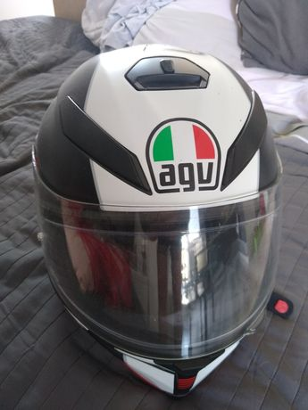 Kask motocyklowy AGV K5