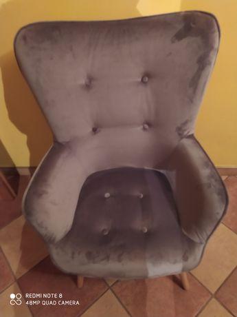 Fotel aksamitny, stan jak nowy