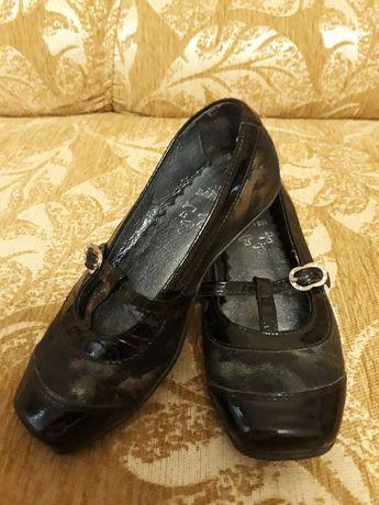 Кожаные туфельки bartek 27р