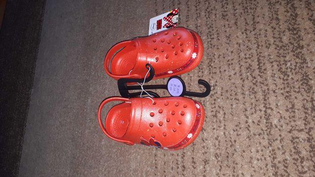 Primark Minnie Mouse jak crocs r.28 nowe brokatowe czerwone