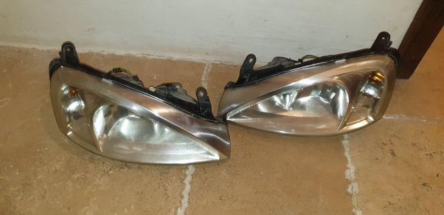 Фары передние Opel Combo C, Corsa C  Gm 13115006, Gm 13115007