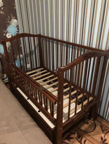 Продам кроватку-качалку от 0 до 5-6 лет!
