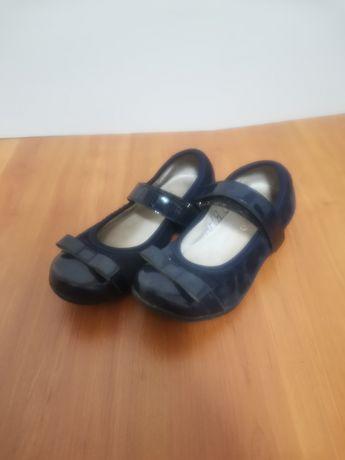 Туфлі шкільні для дівчинки 29 розмір