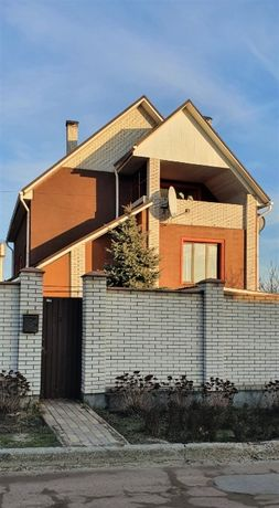 Дом с ремонтом в Гостомеле, Буча, Ирпень