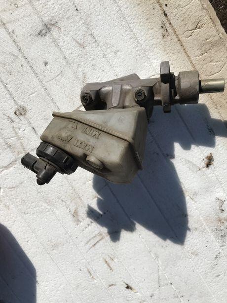 Головний гальмівний тормозний циліндр рено кенго renault kangoo 97-07