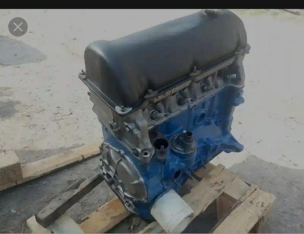 Запчасти мотора ваз 1.5л (ГБЦ. Распредвал коленвал и т.д)