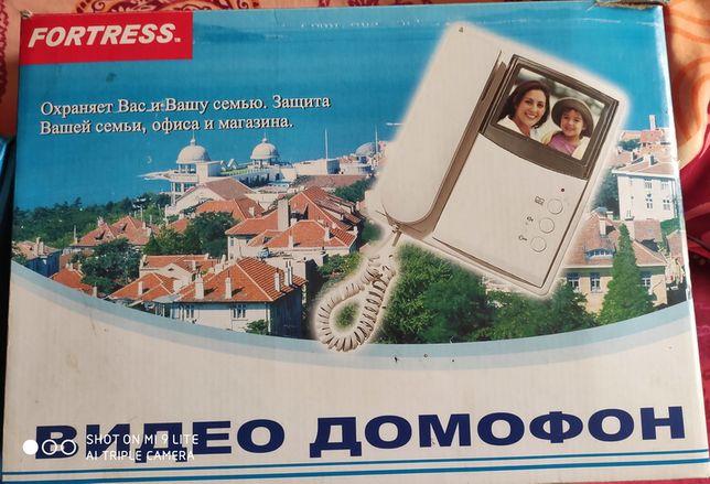 Продам новый в упаковке домофон FORTRESS