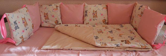 Защита, бортики, комплект в детскую кроватку.