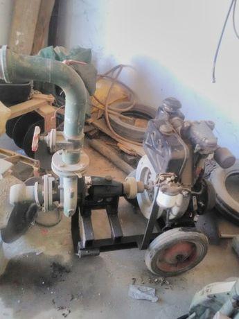 Motor com bomba água