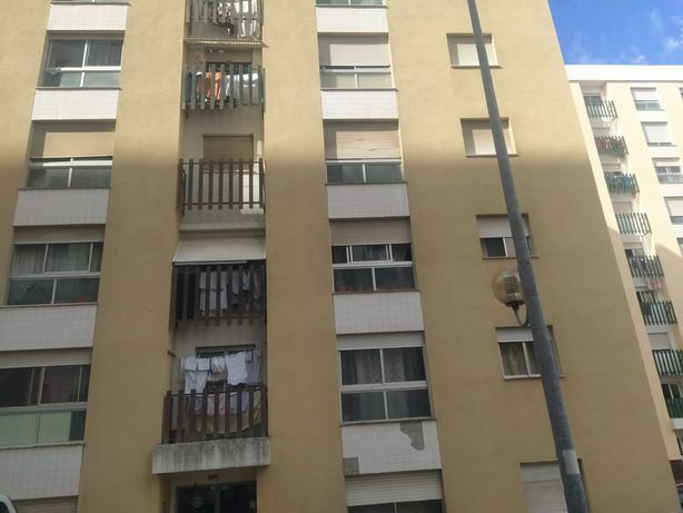 Apartamento t2 Urmeiras Loures