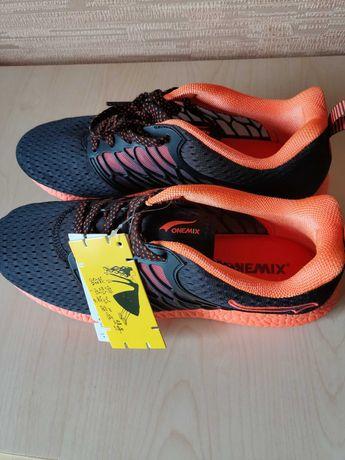 Летние кроссовки ONEMIX (оригинал 43 размер)