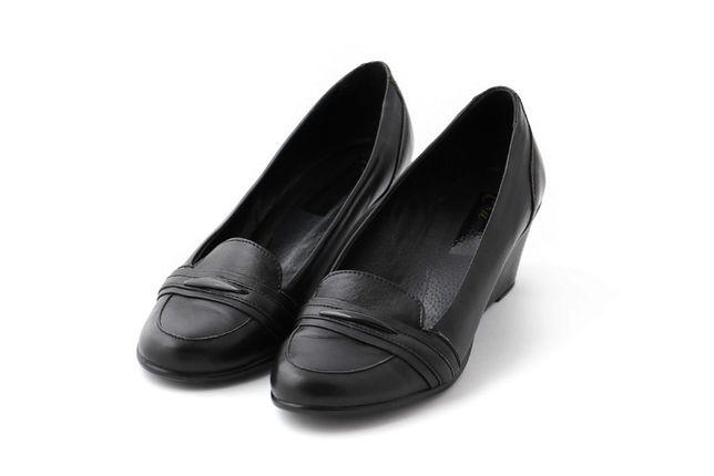 Продам женские туфли на танкетке ТМ Crumina, 37р (24,5 см)