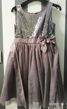 Sukienka balowa z cekinami rozm.122