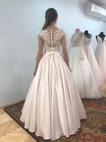 Весільна сукня ПРОДАЖ
