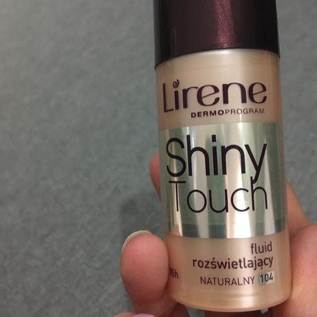 Lirene shiny touch fluid roświetlający naturalny 104