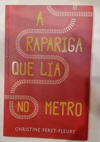 A Rapariga que lia no metro, de Christine Féret-Fleury (com portes)