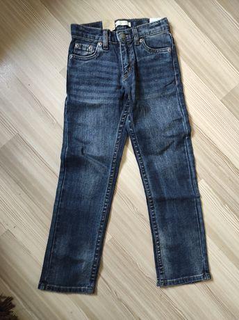 Nowe spodnie Levis 122