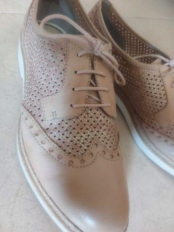 Sapatos casual rosa brilho