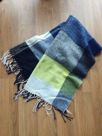 Długi wełniany szal szalik w kratę