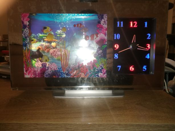 Akwarium z zegarkiem