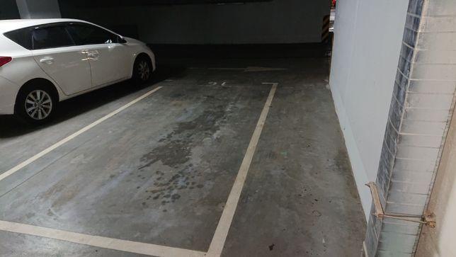 Сдам паркоместо на Кондратюка,7 в ЖК Министерский