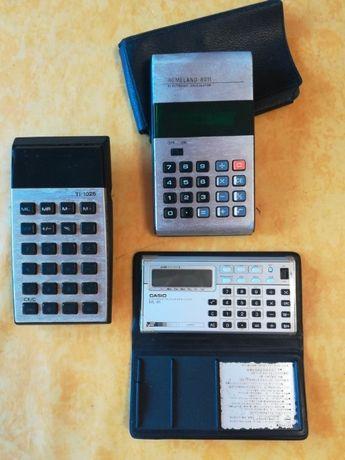 Máquinas calculadoras portáteis vintage (anos 70)