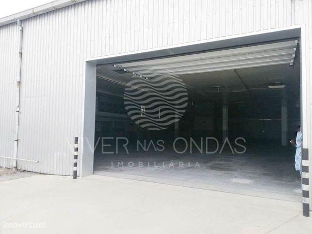 Armazém c/ 6300 m2 de área bruta, nas Antas - Vila Nova d...