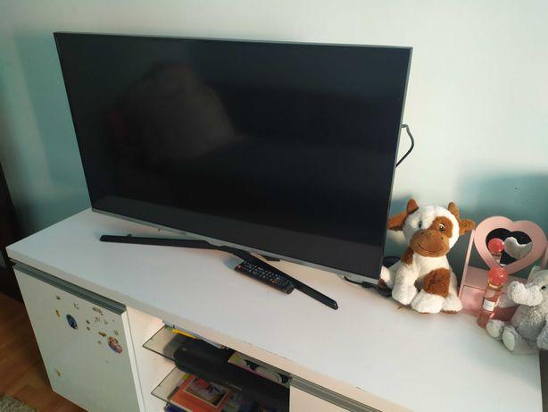 TV 40 cali 200 Hz Samsung UE40J5100
