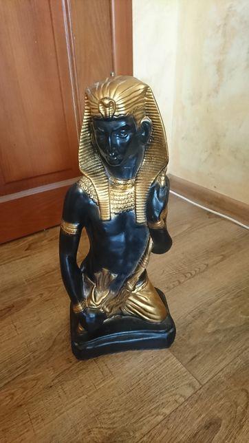 Продам статуетку Фараон