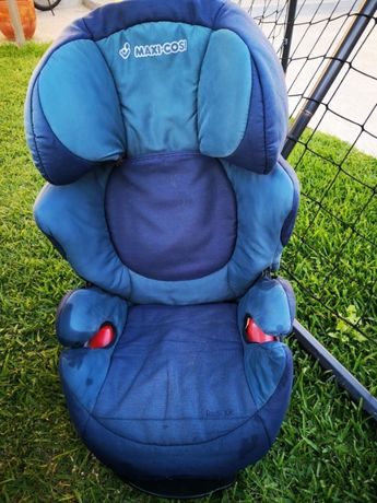 Cadeira Auto Maxi-Cosi grupo E4 - 15 a 36 Kg